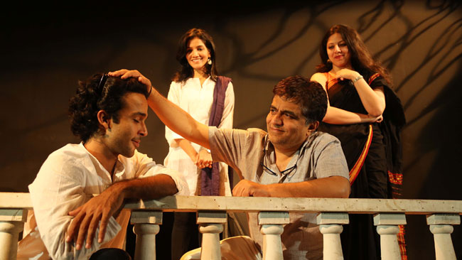 PITAJI PLEASE Hindi Play/Drama - www MumbaiTheatreGuide com