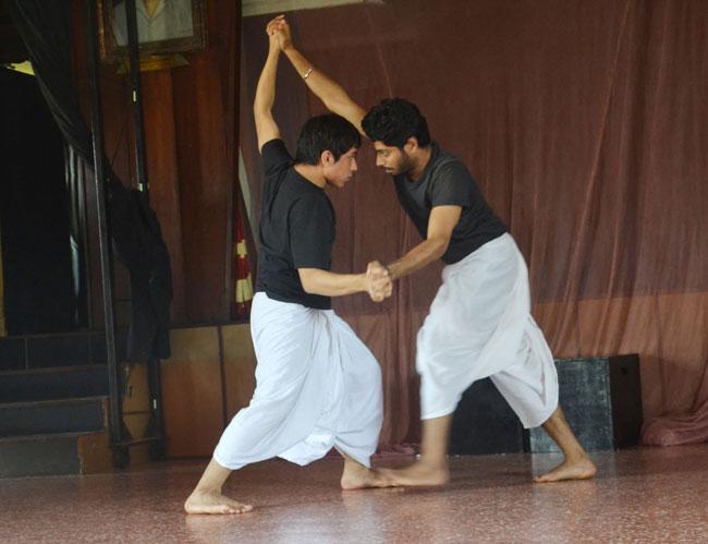 RAKT KALYAN Hindi Play/Drama - www MumbaiTheatreGuide com